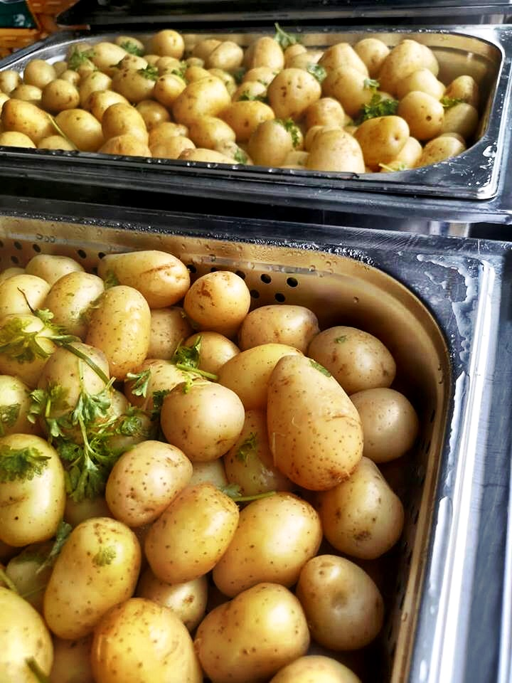 Butter And Herb Potatoes